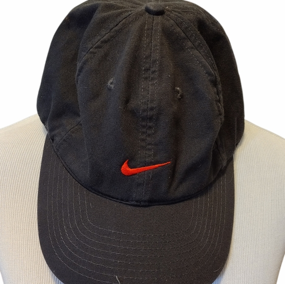Nike embroidered hat